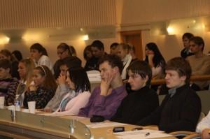 """Gimnazijos Profesinio konsultavimo koordinacinio centro vedėja A.Naseckaitė konferencijoje """"Sėkmingas verslas – valstybės ilgalaikio klestėjimo sąlyga""""."""